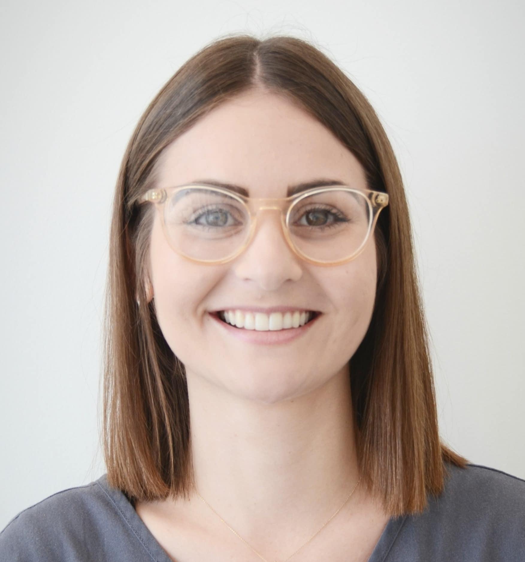 Naomi - Dental Assistant